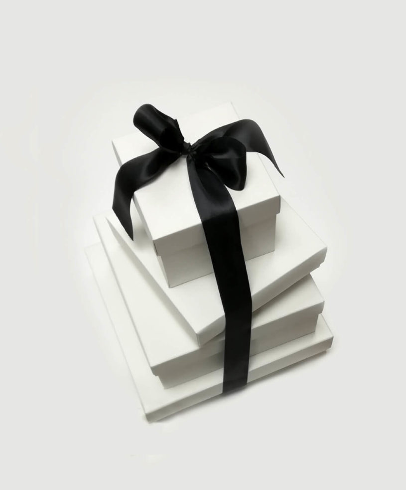 White boxes with lid & black bows